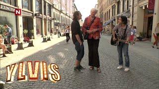 Ylvis - Synger om frisørkunder (English subtitles)