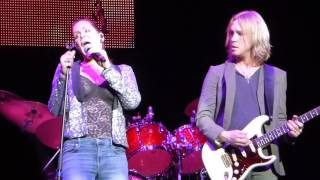 Castles Made of Sand - Beth Hart & Kenny Wayne Shepherd Experience Hendrix Chicago 2017.03.25