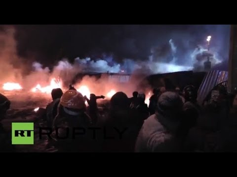 LIVE Protesters clash with riot police at European Square in Kiev