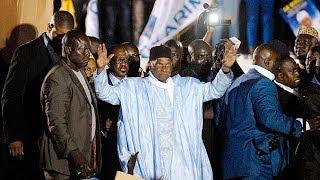 Senegal, torna dall'esilio francese l'ex presidente Wade