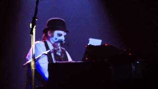 Watch Tiger Lillies La Havre video