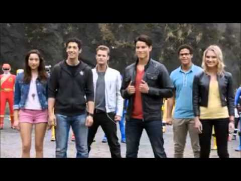 Power Rangers Super Megaforce - Guerra Legendaria