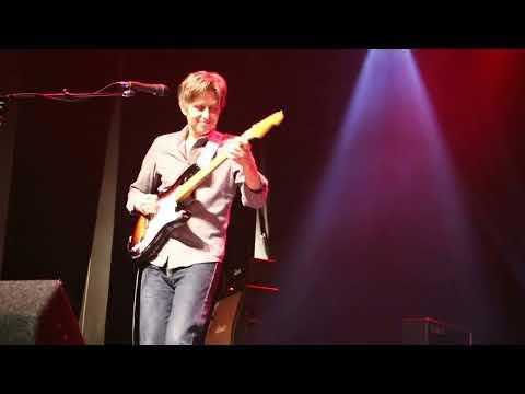 Eric Johnson - New Song - Arcada Theatre - Saint Charles - IL - 01.08.2014