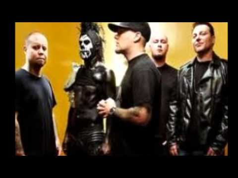 Limp Bizkit-Loser Music Videos