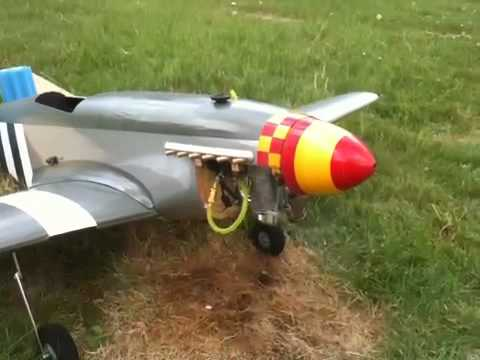 RC P51-D Mustang with Saito FG20 (gas four stroke)