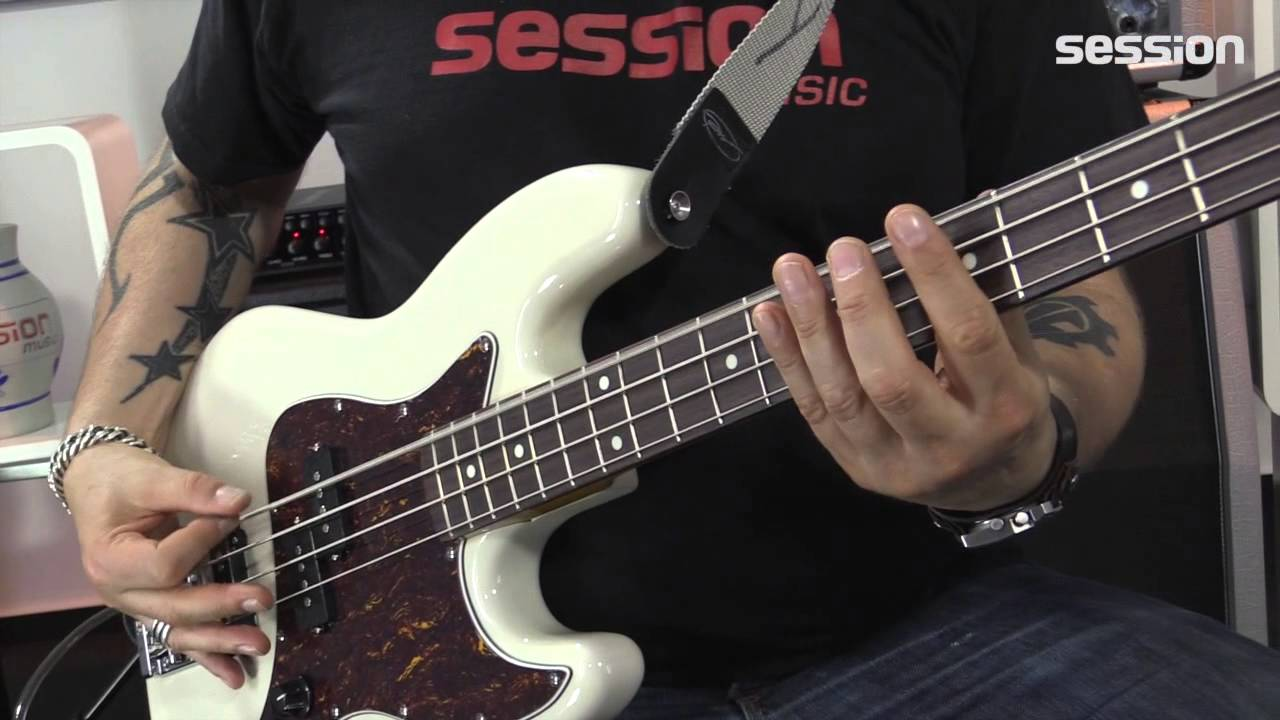 Fender Modern Player Short Scale Jazz Bass Rw Wb Youtube