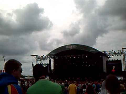 Oxegen 2011 - The Rubberbandits - I Wanna Fight Your Father video
