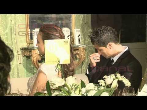 La pareja de guapos asistieron a los Premios Marie Claire 2011, donde Irina recibió el galardón a la top model del año. Eso sí, su actitud dejó bastante que ...