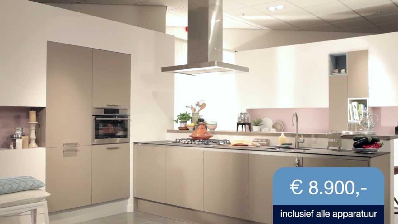 Bekijk de keuken carnac m collectie mandemakers keukens youtube - Keuken uitgerust m ...