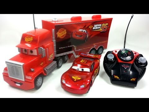 2 RC Pixar Cars MACK TRUCK & LIGHTNING MCQUEEN Disney Pixar RC cars