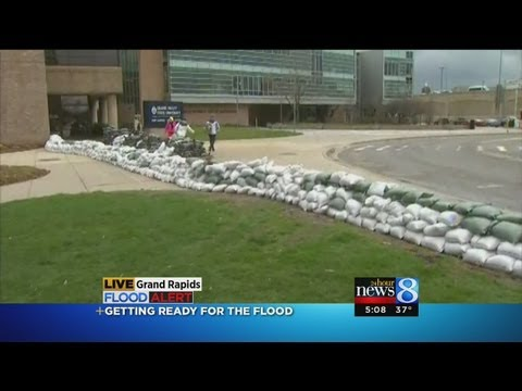 Sandbags line Grand Rapids areas as they prepare for a flood