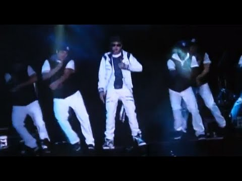 Justin Bieber en Chile - Love Me (Y Comienzo del concierto - start of the concert) 15/10/2011 HD