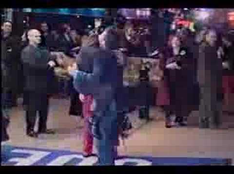 Orlando Bloom and Elijah Wood hug