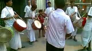 Bengali drums at Durga Puja 2011 (Kolkata)
