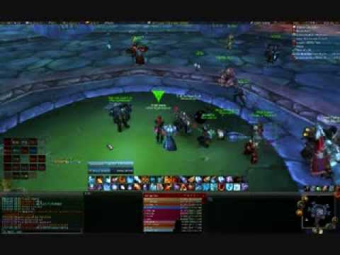 Wow E-hoe Girls Fight Over Loot video