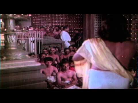 Thankamakudam || Sri Guruvayoorappan || Malayalam Film Song video