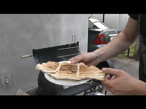 Хлеб на костре, рецепт на углях на мангале, хлеб для шашалыка (пырленки)