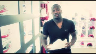 LeSean McCoy Goes Shopping at VILLA