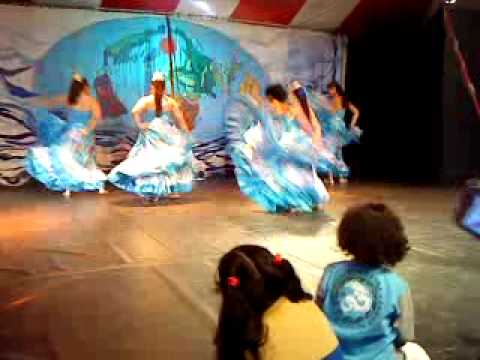 Colores Latinos- Cumbia Colombiana