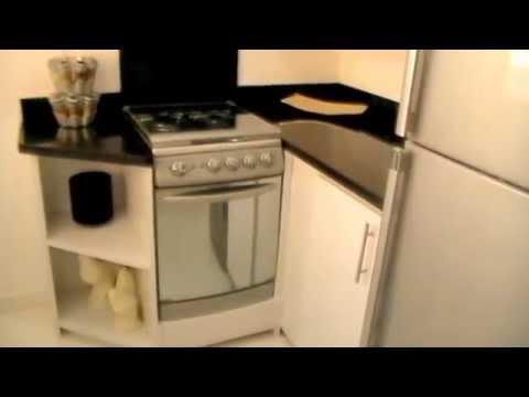 Cocinas de pvc granito para espacios reducidos youtube Cocinas americanas en espacios pequenos