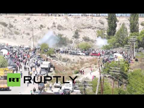 Kyrgyzstan: Gold mine protesters torch vehicles in clashes