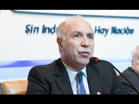 Ricardo Lorenzetti expuso en la Unión Industrial Argentina sobre el Código Civil y Comercial de la Nación