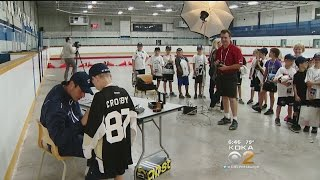 Sidney Crosby Takes On Role Of Teacher At Hometown Hockey Camp