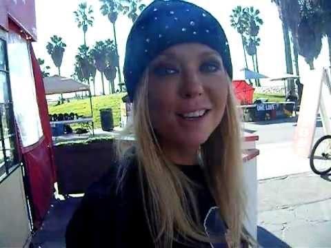 Tara Reid Sharknado  Sexy American Pie Saying Goshiggygo  Gsg video