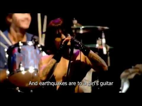 Red Hot Chili Peppers - Californication (Live Slane Castle) - Video with Lyrics/Subtitles