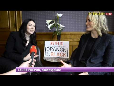 Laura Prepon & Taylor Schilling Talk Sex Scenes in Orange is the New Black