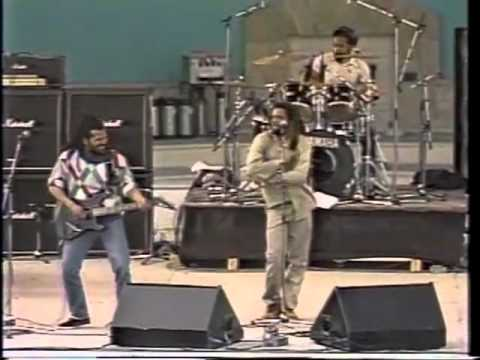 Bad Brains - Day Tripper Shes A Rainbow