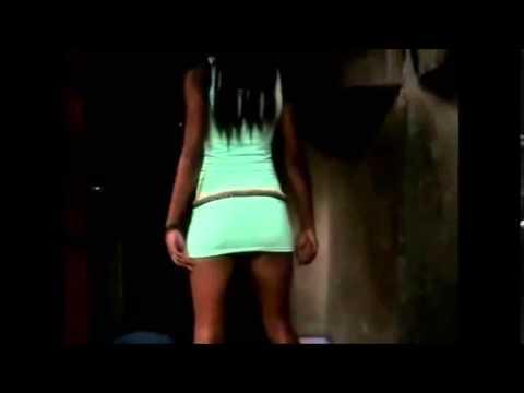 Sexy Twerk From African Beauty  - Twerking Her Sexy Ass video