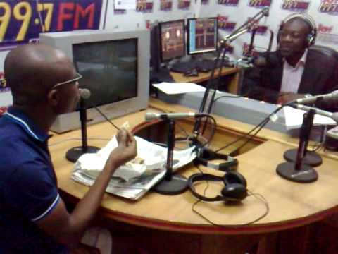 Ato Kwamena Dadzie Eats Humble Bowlfloat on Joy FM's Super Morning Show