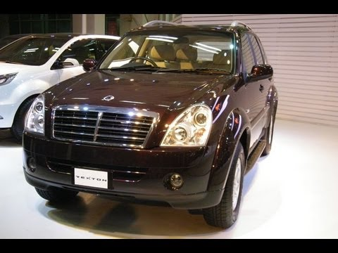 Mahindra Ssangyong Rexton First Look. Interior & Exterior Video Review