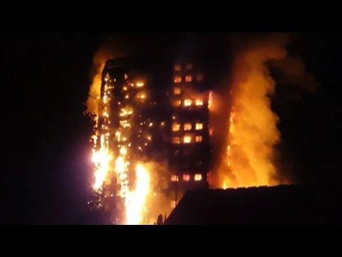 Incendio destruye un edificio de viviendas en Londres