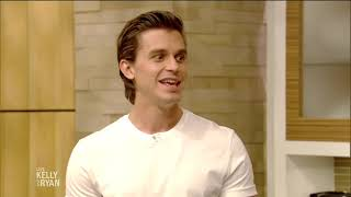 Antoni Porowski Makes Pasta with Sausage, Lemon and Parsley