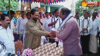YSRCP Leader Tammineni Sitaram participates in Ravali Jagan Kavali Jagan program