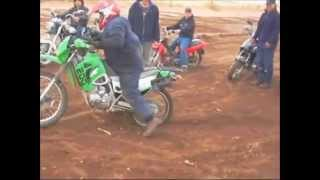 acrobacias y willies extremos de motos