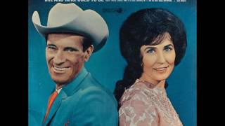 Watch Ernest Tubb Our Hearts Are Holding Hands video