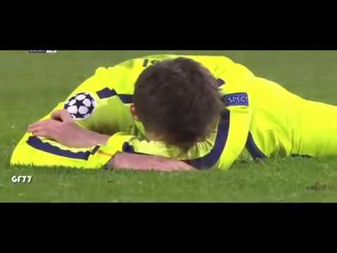 Messi misses the penalty, Manchester City vs Barcelona ( 1 - 2 ) 1 February  2015