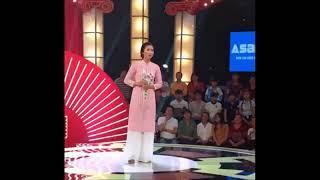 Thách thức dang hài mùa 4 tập 15 Đêm GALA gặp lại cố gái hát bà DA DA Vẫn thuyết phụn ban giám khảo
