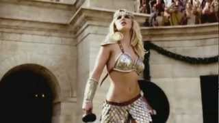 Beyoncé Knowles, Pink & Britney Spears - We Will Rock You Pepsi with lyrics