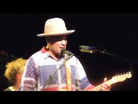 Charlie Musselwhite and Ben Harper Paradiso Amsterdam 2018 No Mercy in this Land