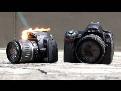 Nikon D90 vs Canon 550D Durability Test (Part 1)*