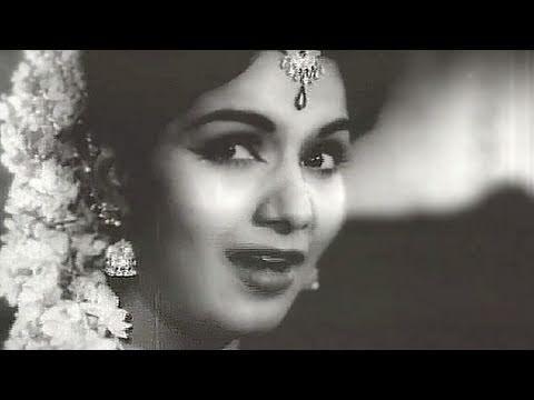 Chhupa Kar Meri Ankhon Ko - Lata, Mohd Rafi, Shyama, Jawahar Kaul, Bhabhi Song video
