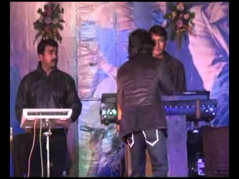 Non Stop Dhamaal  2  Chikni Kamar Pe Teri Mera Dil Fisal Gaya,hawa Hawa E Hawa,chinta Ta Chita Chita  By Amit Sanalive In Concert vvit,purnea, Bihar On 25 Dec  2k12 video