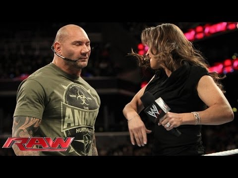 Stephanie McMahon, Batista and Randy Orton argue about WrestleMania: Raw, March 24, 2014 thumbnail