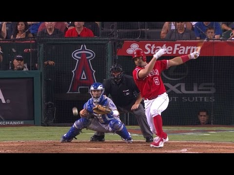 Pujols drives in Calhoun to give Angels lead