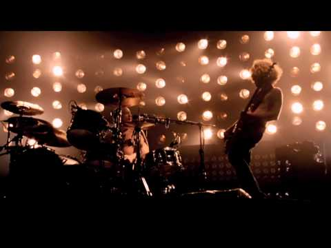 Biffy Clyro - Mountains Live