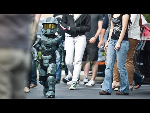 Master Chief & Spartans from Halo   Video Game Cosplay